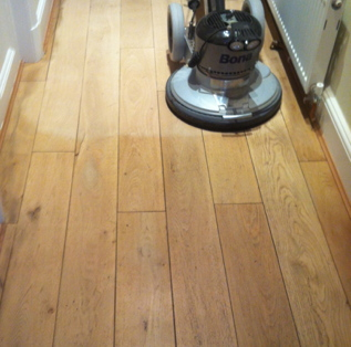 Bona Flexisand ProSystem Floor Sanding Machine on Engineered Flooring