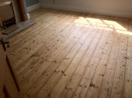 Sanding And Restoration Of Original Pine Wood Floor Boardspictures