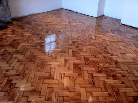 pitch pine wood block parquet flooring renovation repairs floor sanding conwy north wales. Black Bedroom Furniture Sets. Home Design Ideas